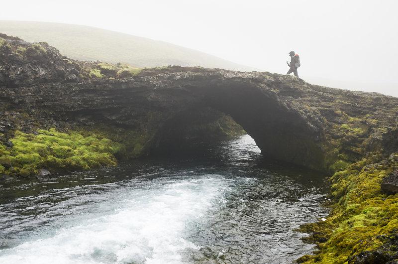 32cee6221352b3 Ces galeries n ont pour la plupart pas survécu à la force du temps, mais  certaines ont subsisté par endroit, créant des ponts naturels.